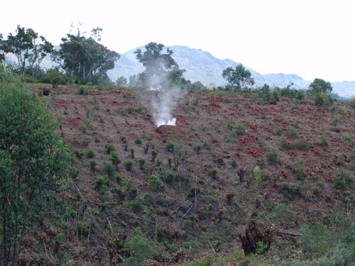 Člověkem zničená krajina Foto Dr. Samuel Furrer